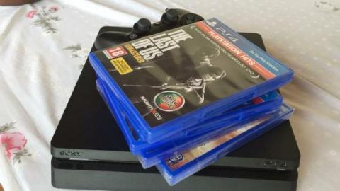 PS4 Slim 2018 1 TB
