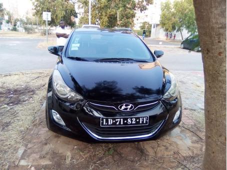 Hyundai Elantra Limpinho