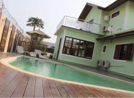 A casa a venda Benfica Zona verde
