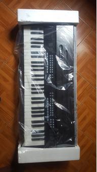 Vendo Piano YM 7000